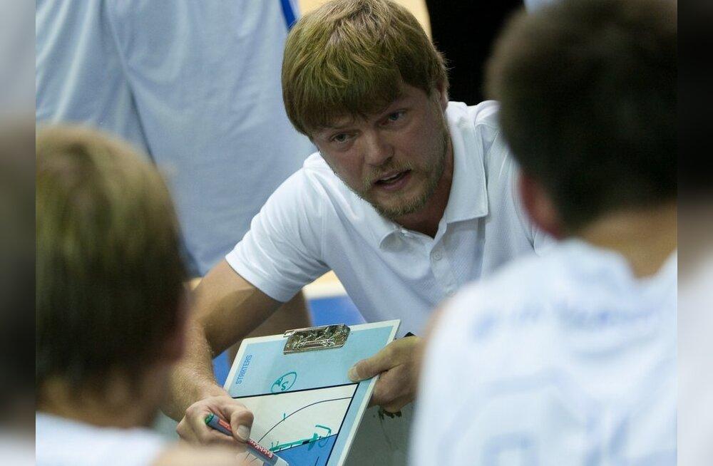 Tartu Ülikool võitis tulise lõpuga kohtumise, Triumphi peatreener eemaldati