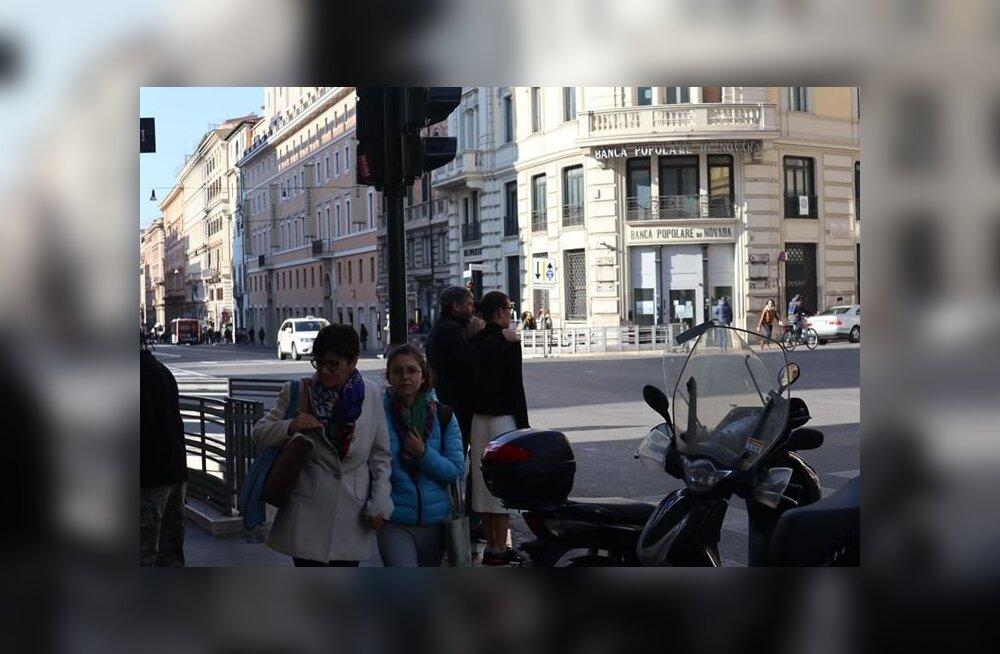 TABATUD: Oleg Ossinovski põgenes Eesti sügise eest noore pruudiga Rooma