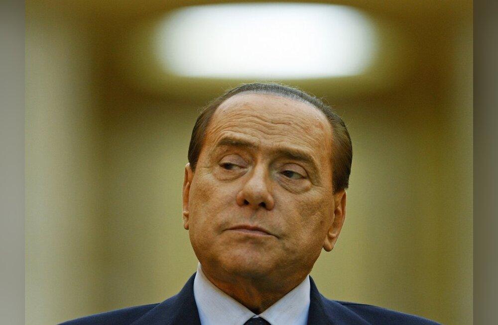 Meedia: Berlusconi tegi vulgaarse märkuse Merkeli figuuri kohta