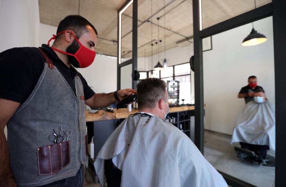 Стрижка после карантина: снимите завязки с ушей и говорите с зеркалом