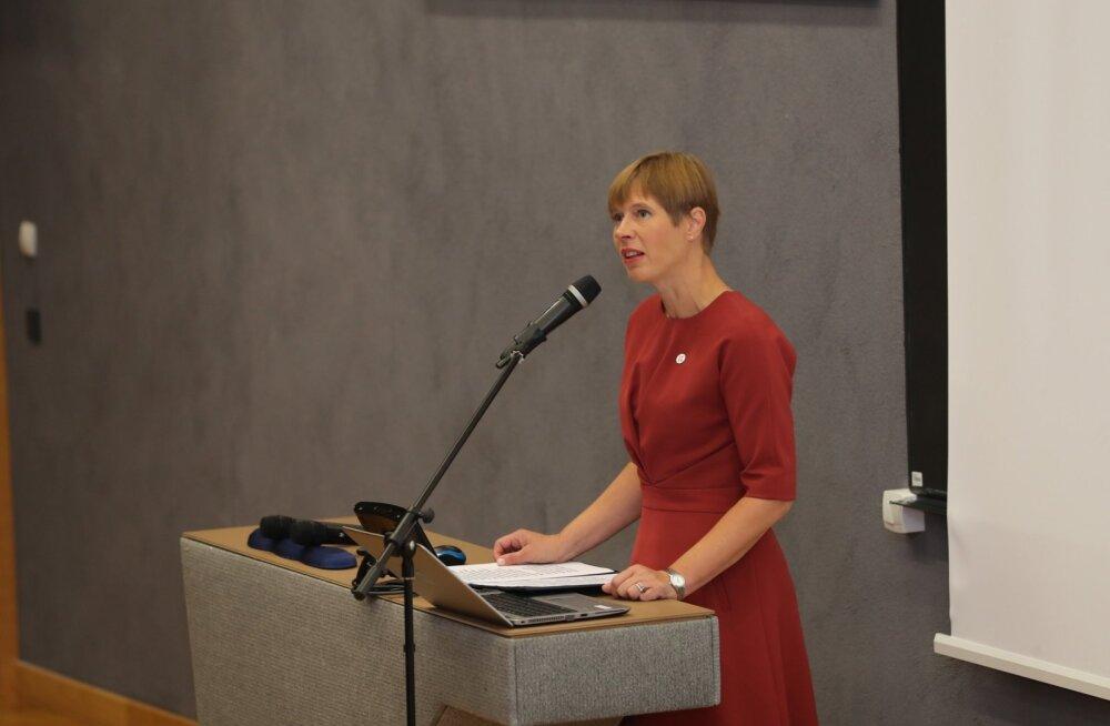 Kaljulaid Narvas - õpetajate konverents