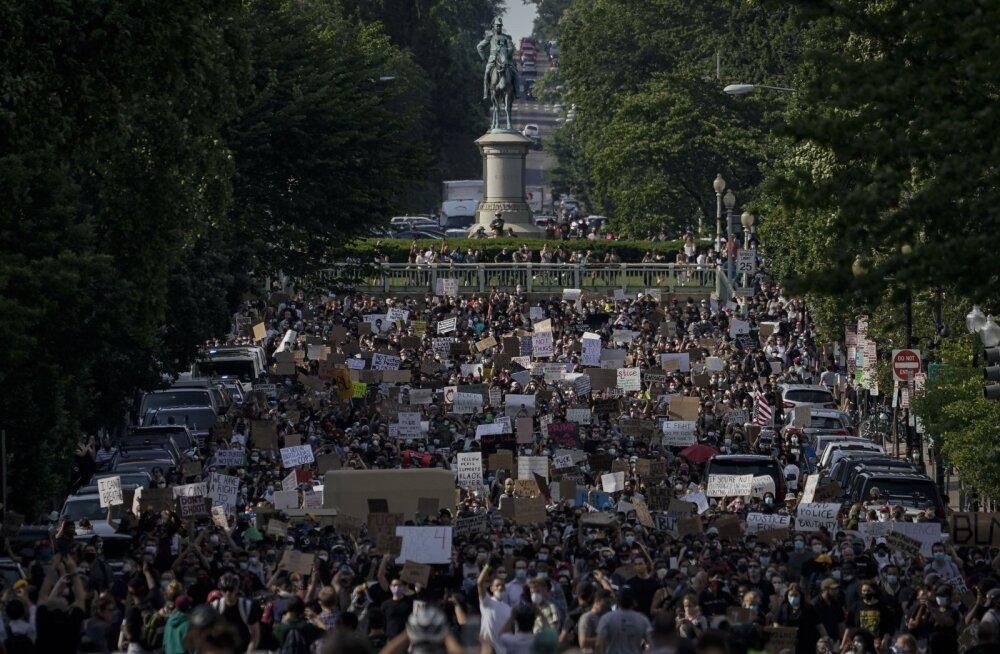 USA linnades jätkusid meeleavaldused liikumiskeeldudest hoolimata