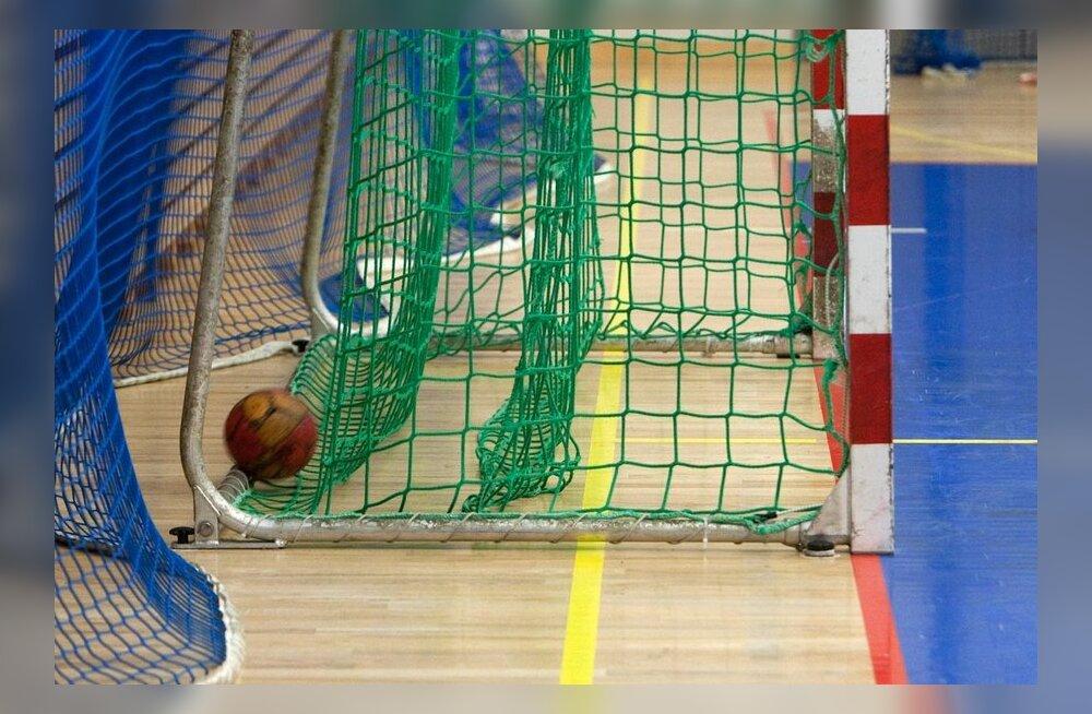 Värska Originaal alistas tasavägises käsipalli karikavõistluste mängus SK Tapa