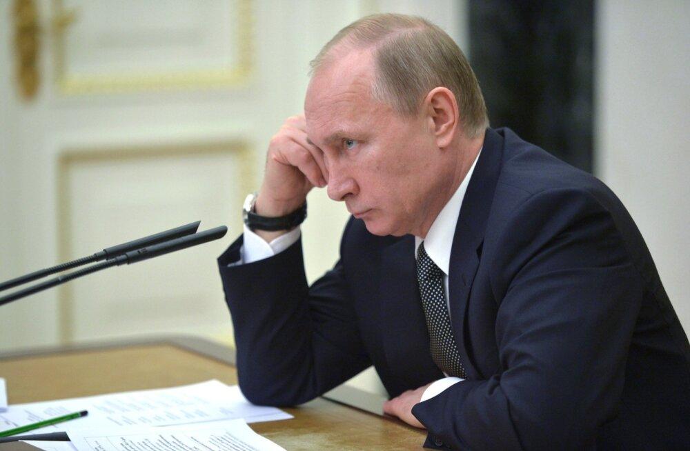 USA endine aserahandusminister: Putini Venemaa on nõrk ja võib sanktsioonide all murduda