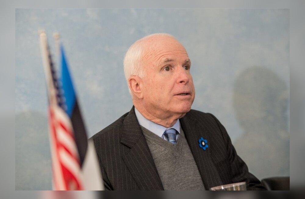В Латвию приедет делегация Сената США во главе с Маккейном