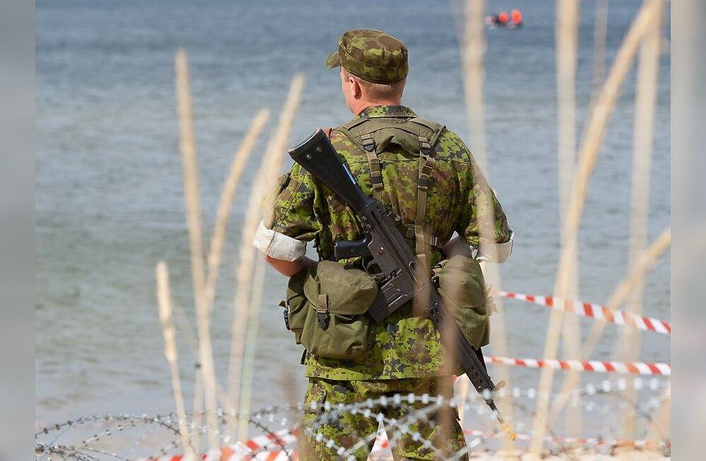 NATO kiitis Eestit kaitsekulude säilitamise eest