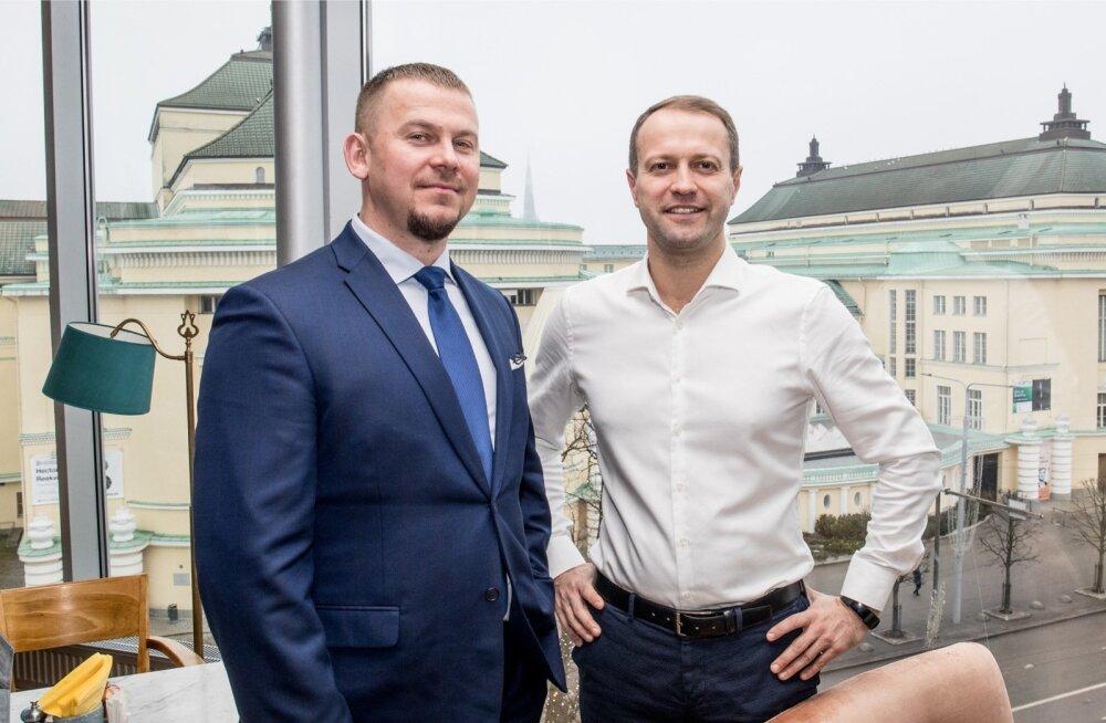 Kuigi Maxima maine on aastaid ettevõtte jaoks peavalu tekitanud, on Maxima Eesti juhi Marko Põdra (vasakul) ja Maxima grupi juhi Dalius Misiūnase (paremal) kinnitusel jaeketi kuvandil ka tugevaid külgi, nagu suur tuntus ja soodsaimad tooted.