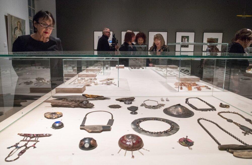 """Adamson-Ericu muuseumis näitus """"Eesti ehted läbi aastatuhandete"""""""