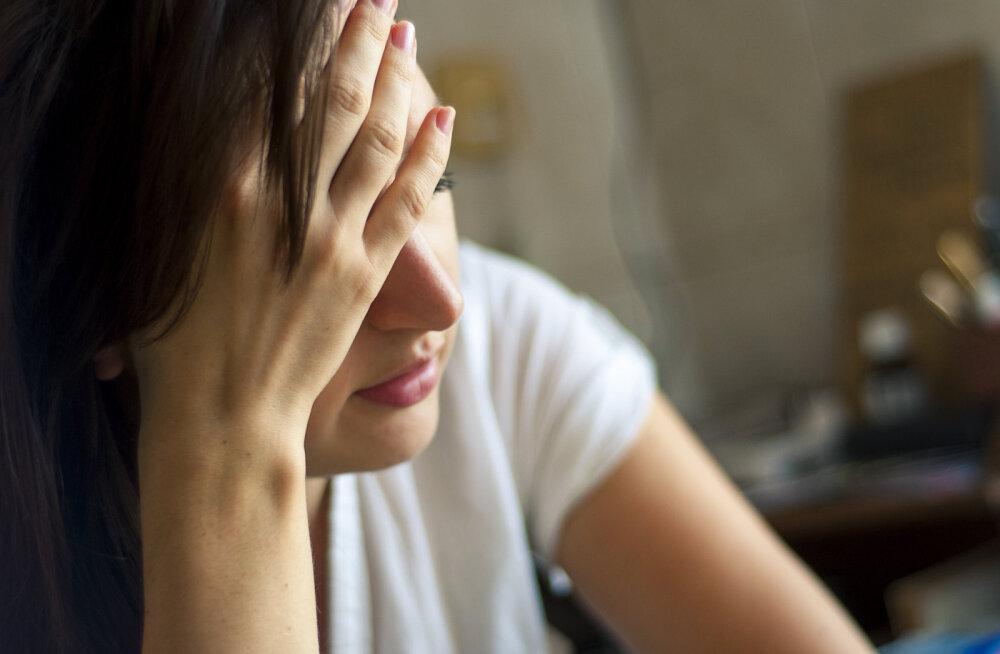 Üllatunud naine: läksin oma eksmehest lahku neli aastat tagasi ja ta on siiamaani samasugune lontrus nagu meie suhtes oleku ajal
