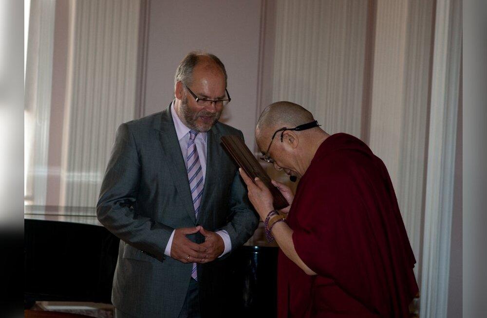 Dalai-laama ja Alar Karis