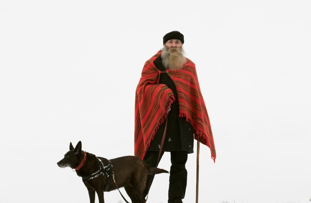 Igor Mang ja Sulfa-Rika koera-aastat tervitamas.