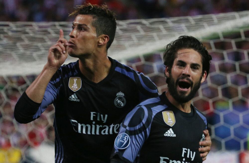 VIDEO: Mida ütlesid teineteisele pukslema läinud Torres ja Ronaldo?