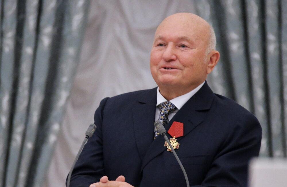 Suri Moskva endine linnapea Juri Lužkov