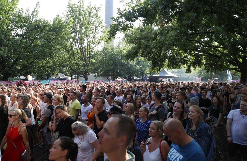 FOTOD | Ei peata torm ega paduvihm! Sweet Spoti publik nautis täiel rinnal head muusikat
