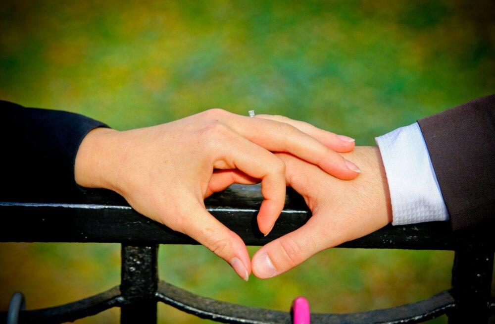 Lugeja küsib: kui kaua peaks üks kihlus kestma?