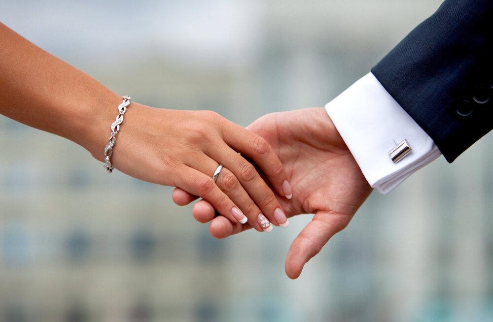 Suhteterapeut selgitab: kuidas luua usaldust?