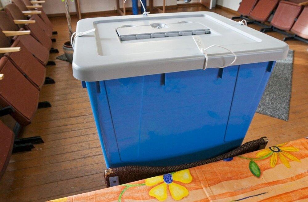 VERSUS | Kas lapsevanemale võiks valimistel lisahääli anda?