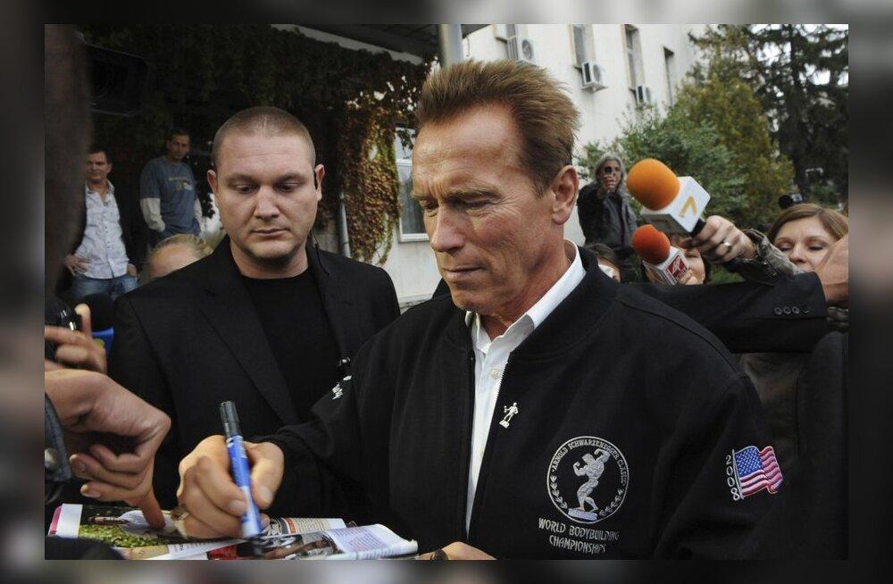 FOTO: Arnold Schwarzenegger sai filmivõtetel suure peahaava