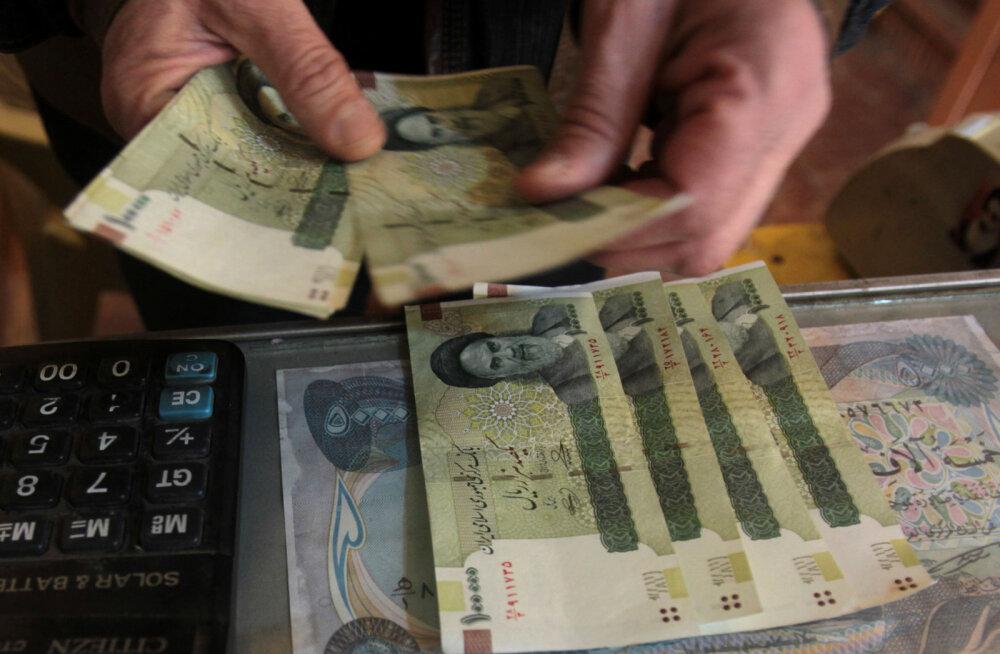 Trumpi Iraani sanktsioonid lõid valusalt Iraani raha pihta