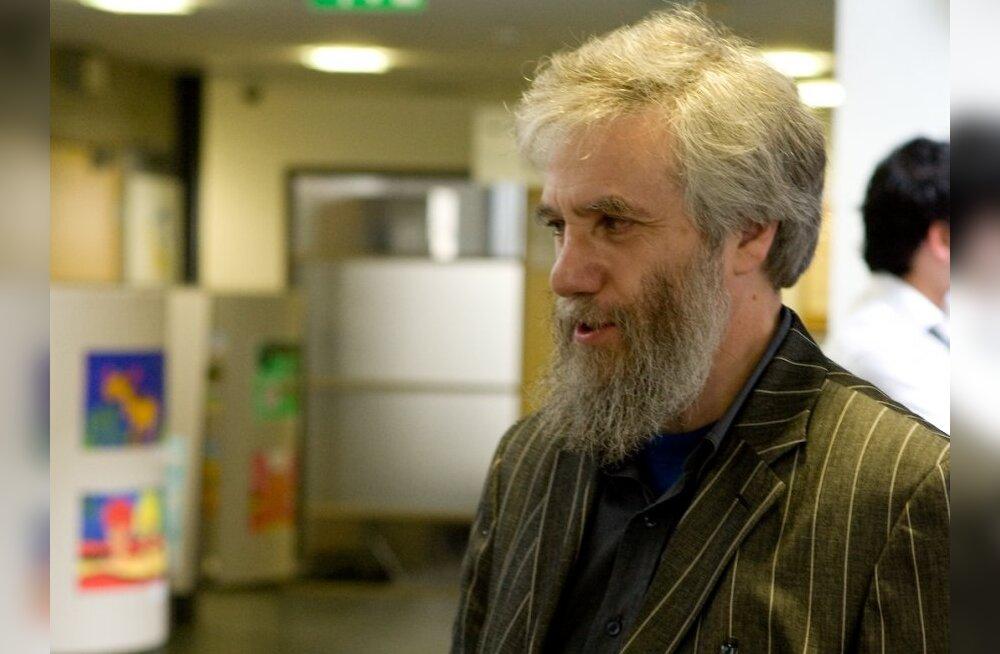 Lotman: Tarand juba osutab Savisaarele vastuteeneid