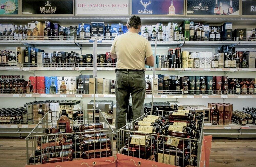 Идейный вдохновитель приграничной торговли: я за народ! Эстонские магазины слишком жадные