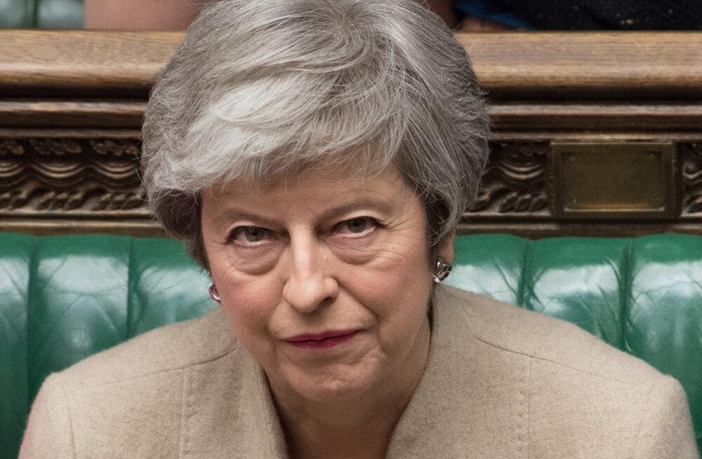"""Мэй может в четвертый раз созвать голосование по """"Брекзиту"""""""