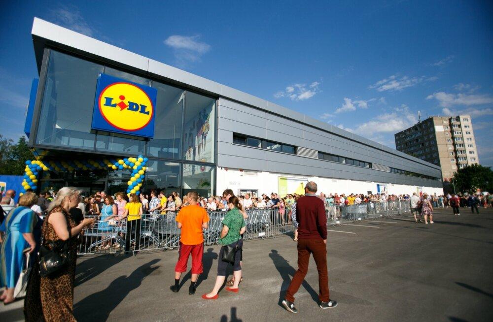 Lidli kaupluse avamine Kaunases 2016. aastal. Eestis ei tea veel keegi, millist konkurenti hakkab Lidli turule saabumine enim mõjutama.