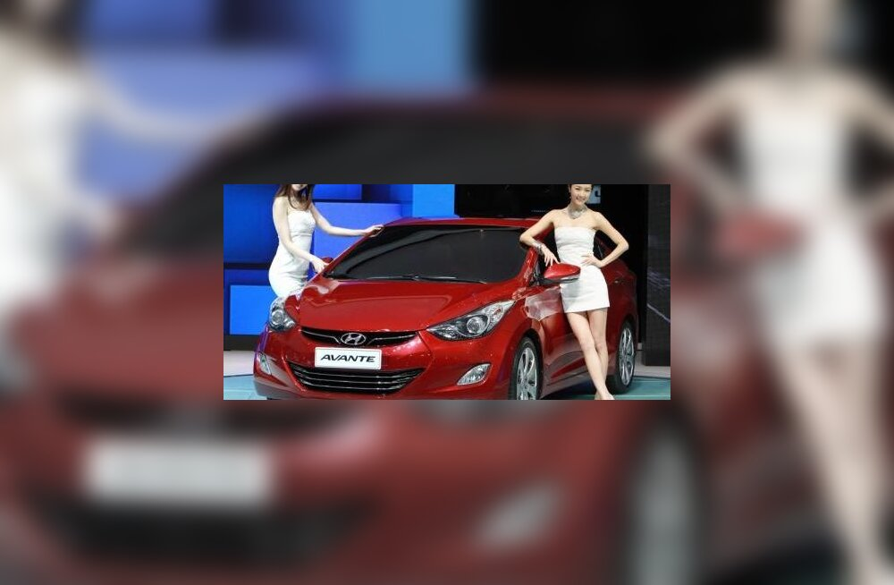 Hyundai uus ja efektne Elantra
