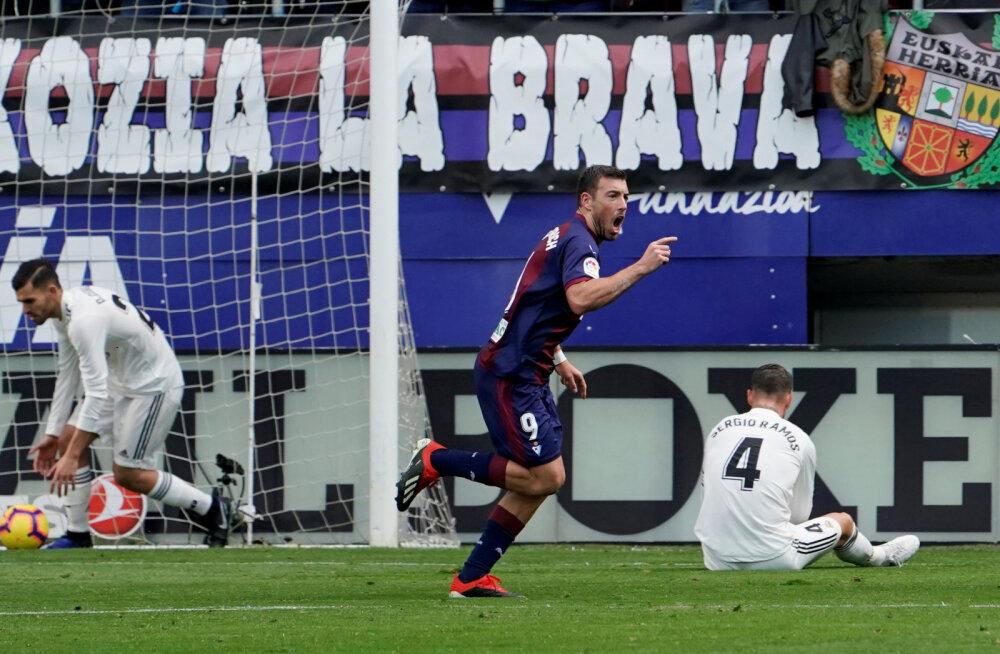 Uus peatreener, vanad kombed: Madridi Real sai koduliigas šokeeriva 0:3 kaotuse
