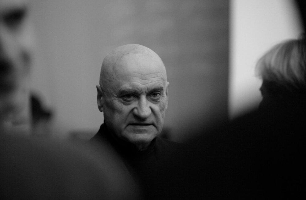 Palju õnne! Einar Laigna 80. Ajaloofilosoof ja mõõgameister sepistab igavikku