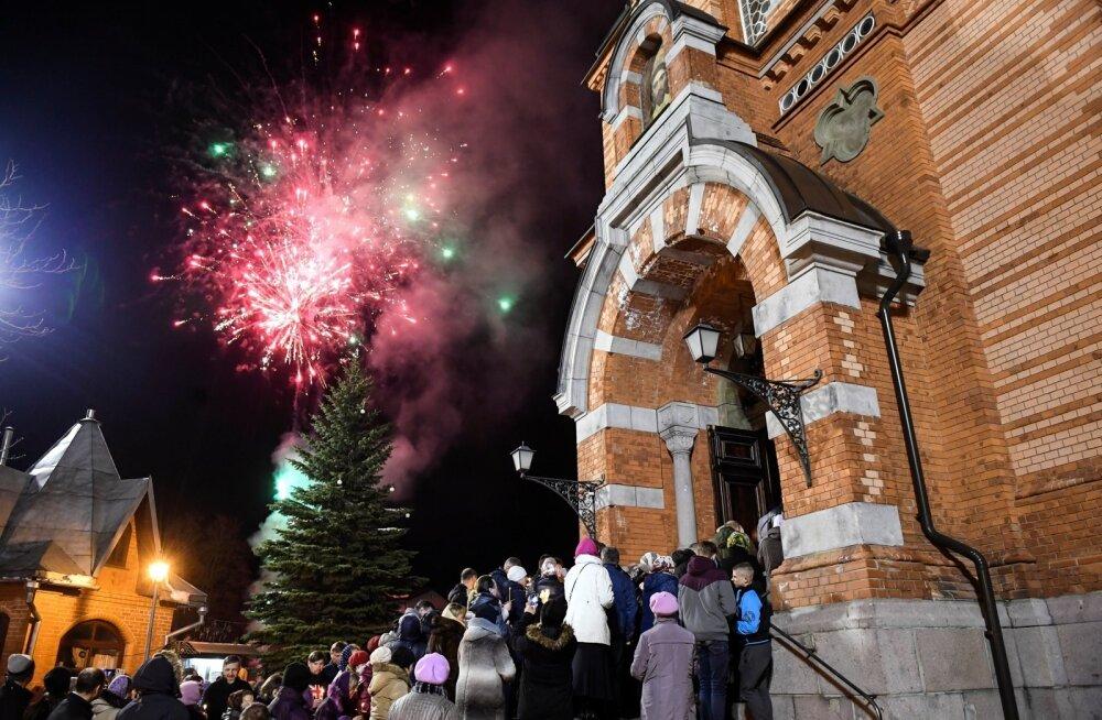 Õigeusklike ülestõusmispühad jumal teenuse Narva