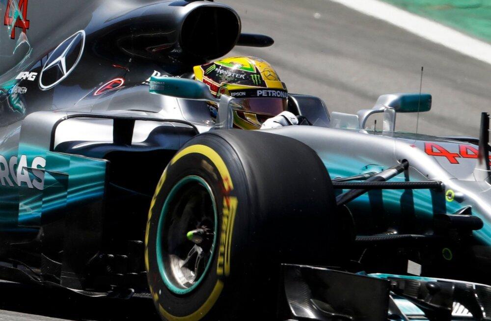 Lewis Hamilton leppis Brasiilias neljanda kohaga.