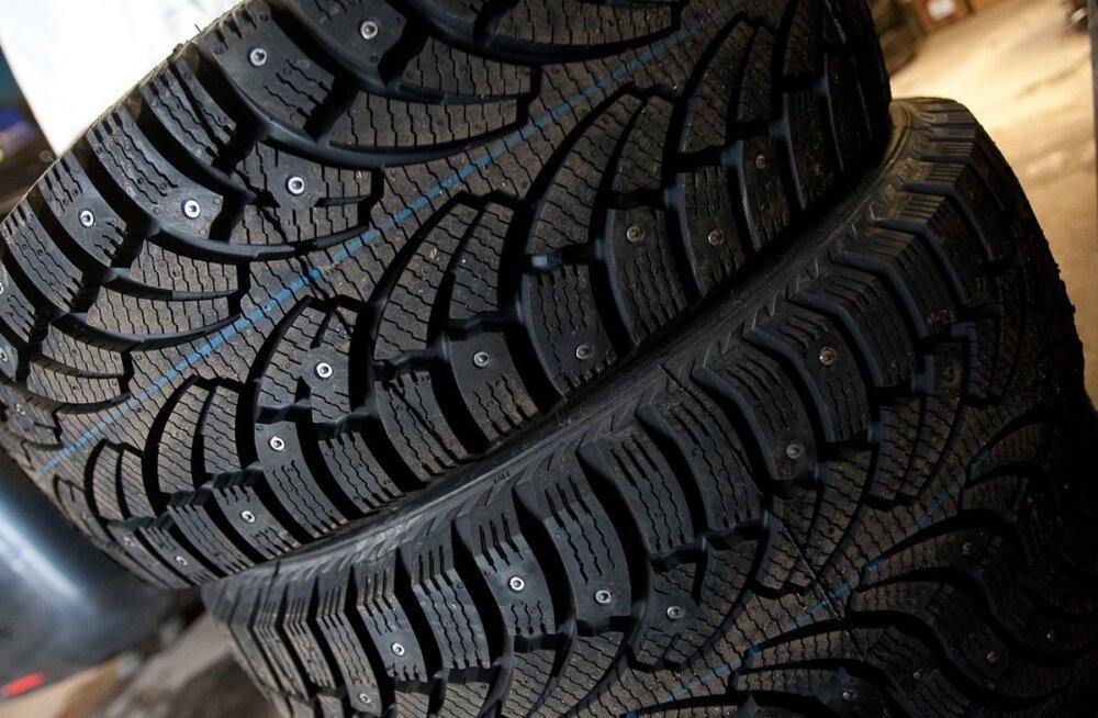 KÜSITLUS | Teed muutuvad libedaks. Millised rehvid autole alla panete?