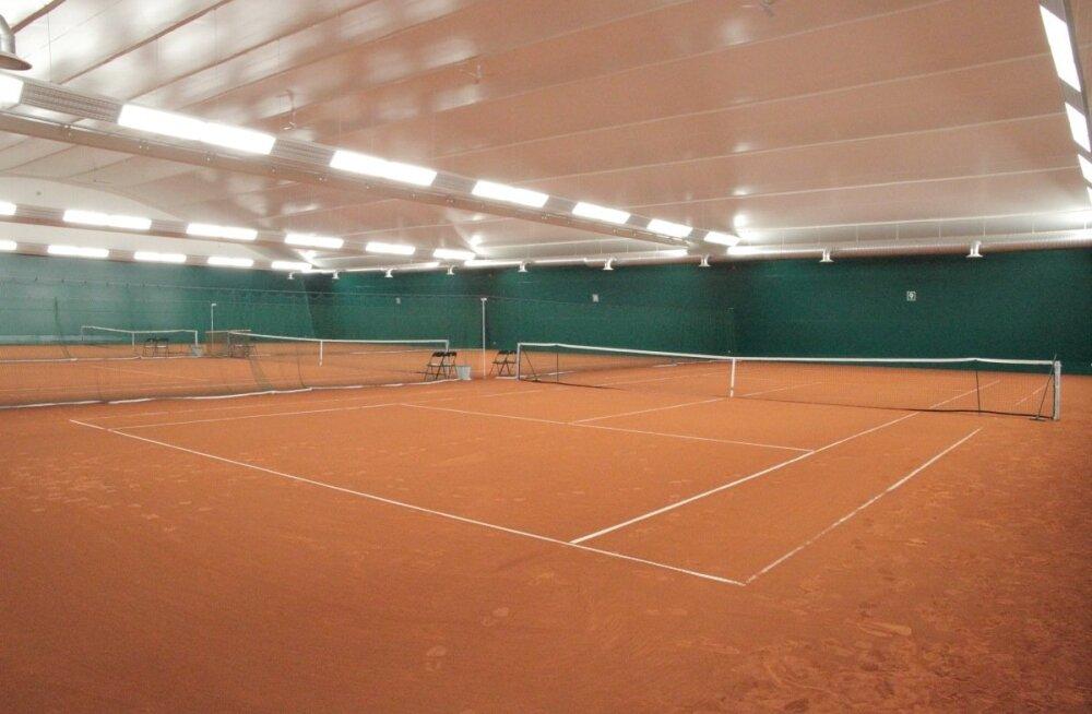 Tabasalus avatakse esmaspäeval tennisekeskus