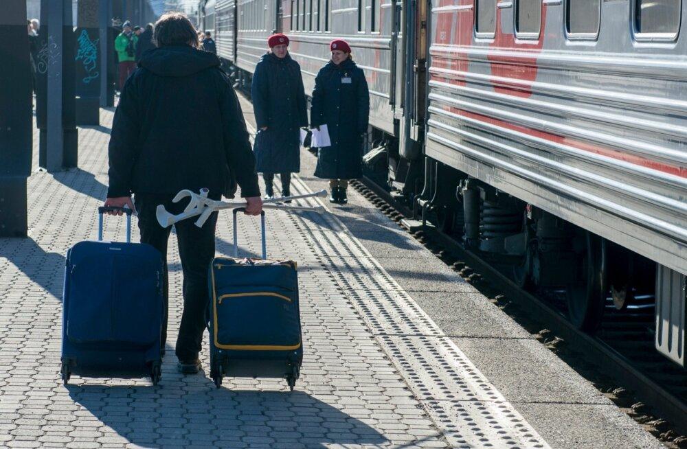 ГЛАВНОЕ ЗА ДЕНЬ: Сависаар — в Москву, глава РЖД — к нам. И новости обороны