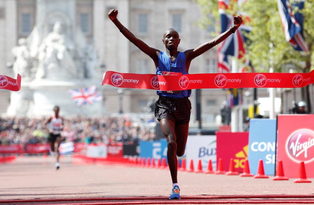 Daniel Wanjiru võidab Londoni maratoni