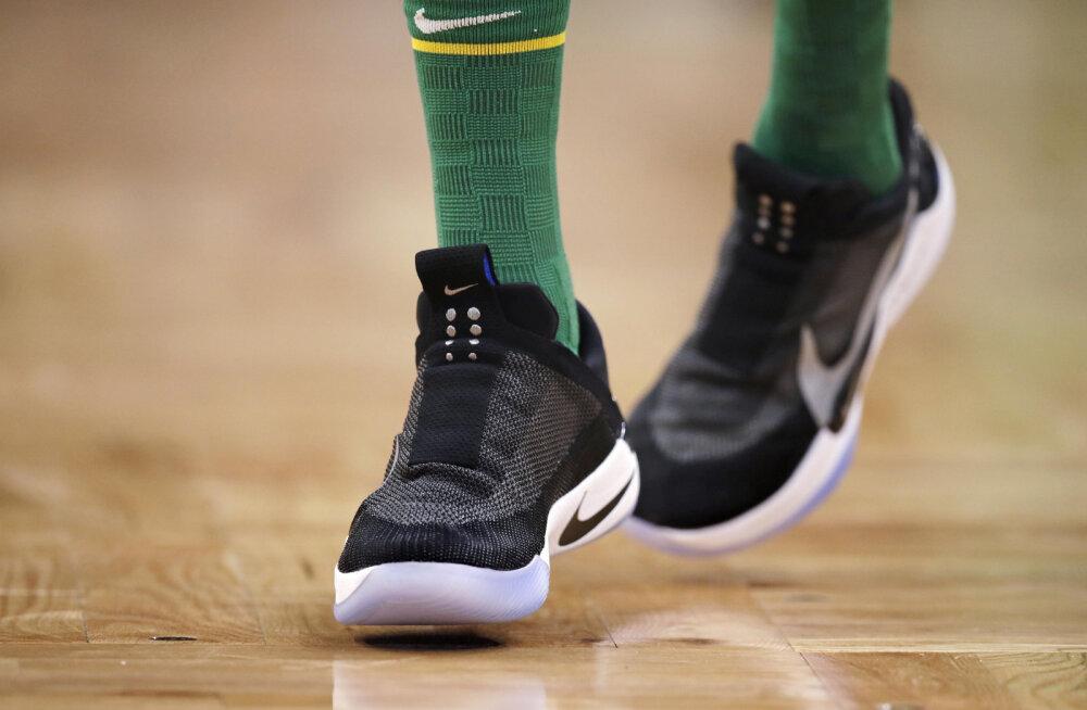 Nike'i isesiduvad kossuketsid on kohal ning ka juba tuleristsed saanud