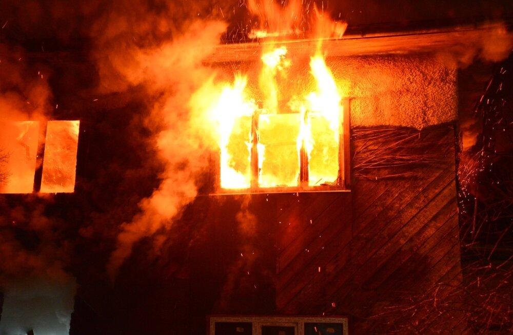 Tulekahju. Foto on illustratiivne