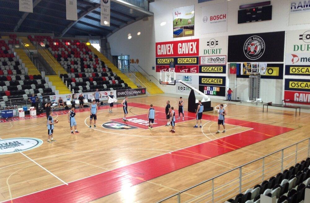 Eesti korvpallikoondise treening Ovaris