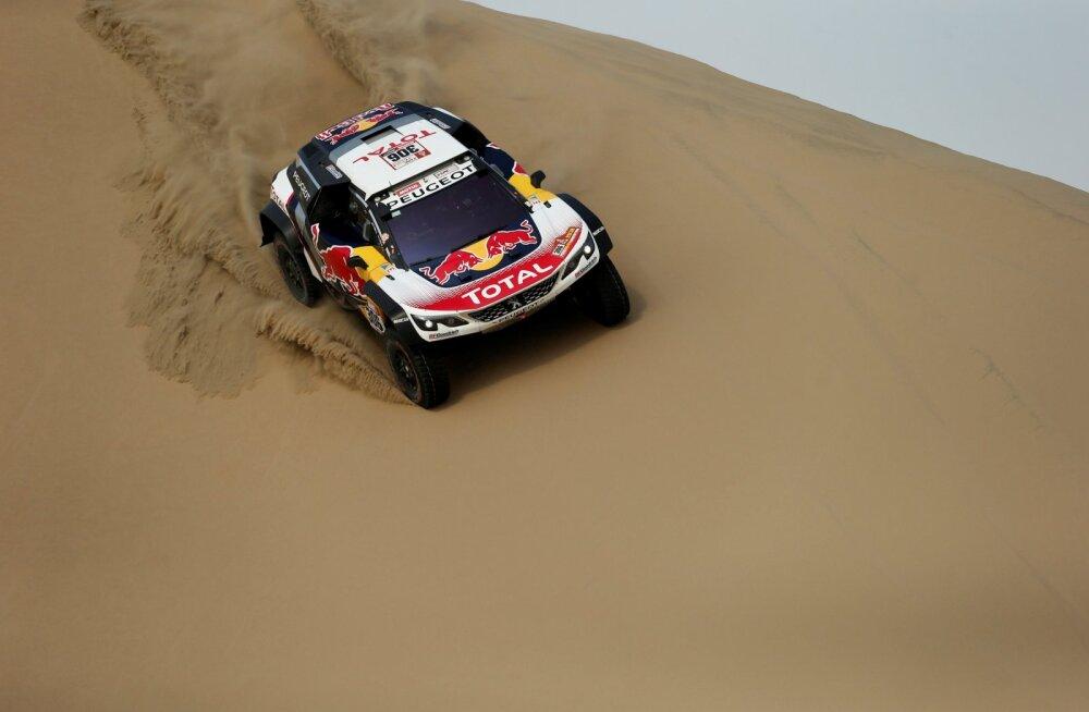 Sebastien Loeb sai Dakari rallil esimese katsevõidu ja tõusis kokkuvõttes teiseks