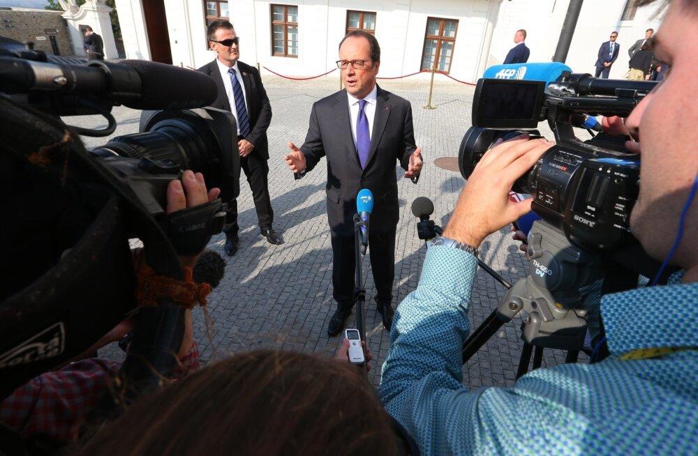 Hollande: Prantsusmaa ei saa olla ainus sõjaliste pingutuste tegija EL-is