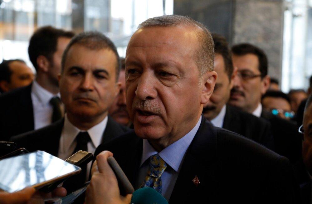 Türgi lubas luua Süüriasse Trumpi soovitud julgeolekutsooni