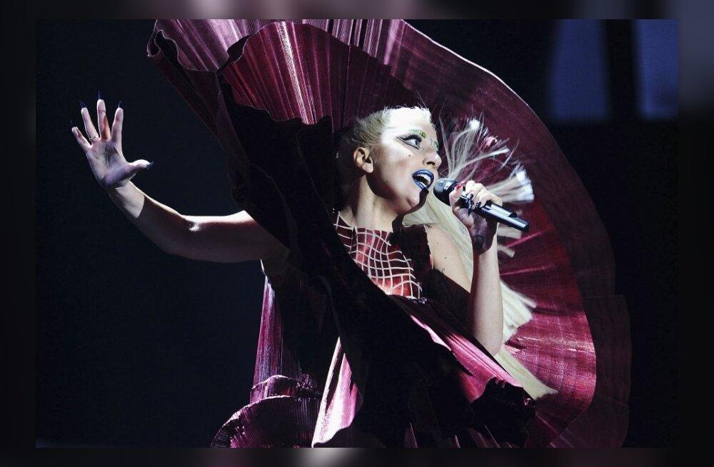 VIDEO: Vaata Lady Gaga hittide eksklusiivseid uusversioone!