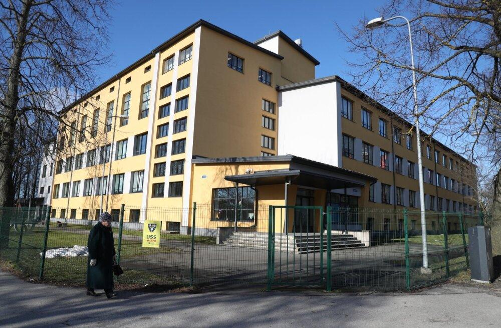 Koroonaviiruse diagnoosi saanud Tallinna õpilane on kodusel jälgimisel