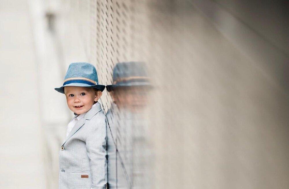 Väikese Alexanderi arstide sõnul vajab pisipoiss luuüdi tüvirakkude siirdamist, mida aga Eestis ei tehta