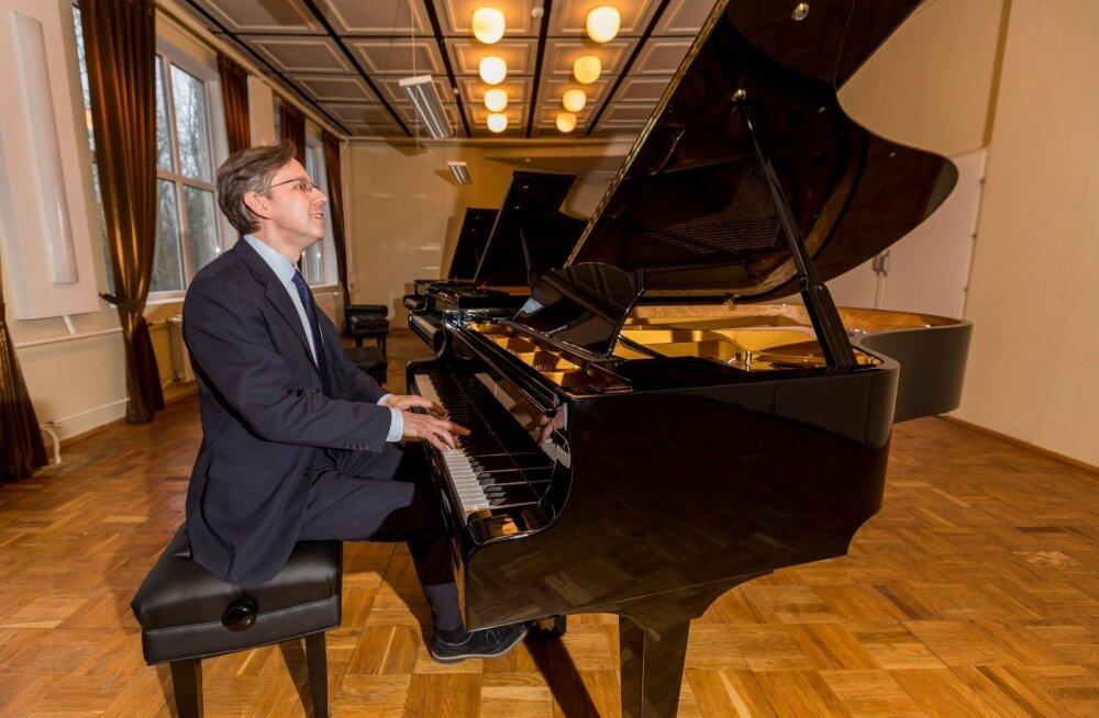 Indrek Laul ja Estonia klaver.