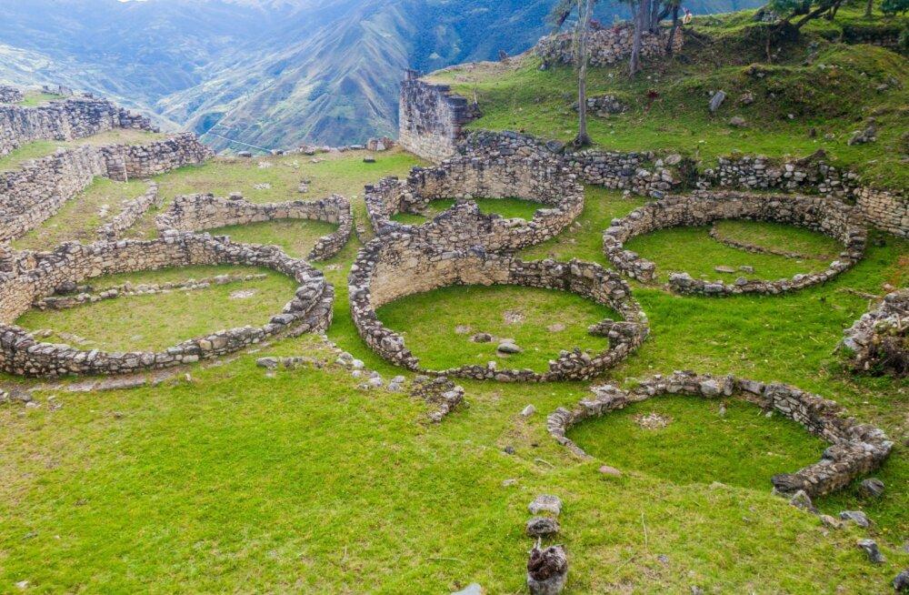 FOTOD | See peidetud iidne linn Peruus on veelgi võimsam kui Machu Picchu