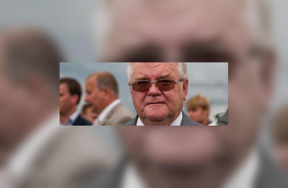 Savisaar tähistab Balti keti aastapäeva Brüsselis