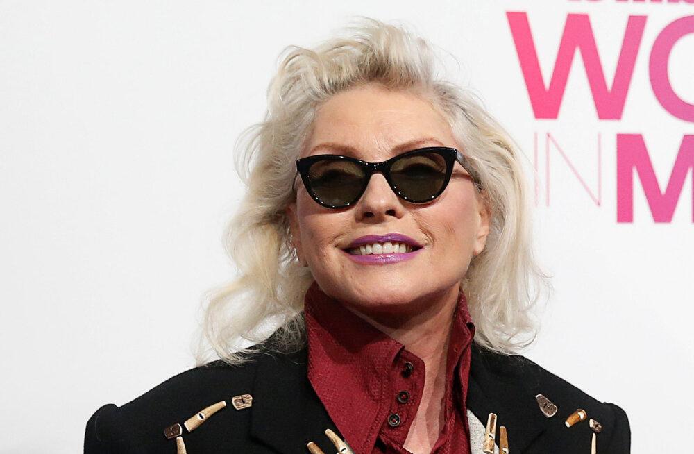Blondie laulja Debbie Harry vägistati noa ähvardusel