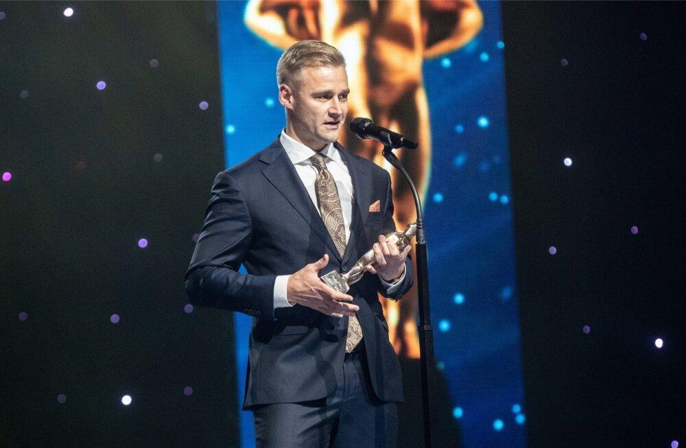 Marek Vister pälvis parima treeneri auhinna ja sai kõnet pidada. Väärika tiitli võitis ta kahasse Indrek Tustitiga.